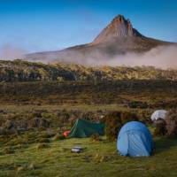 Spectacular views of Barns Bluff on the Overland Track | Mark Whitelock
